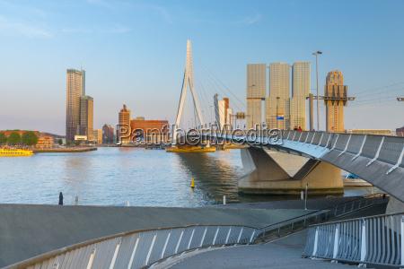 erasmusbrug erasmus bridge and wilhelminakade 137